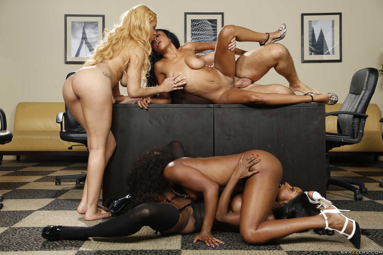 Ebony and black porn. Gallery - 1049. Photo - 14