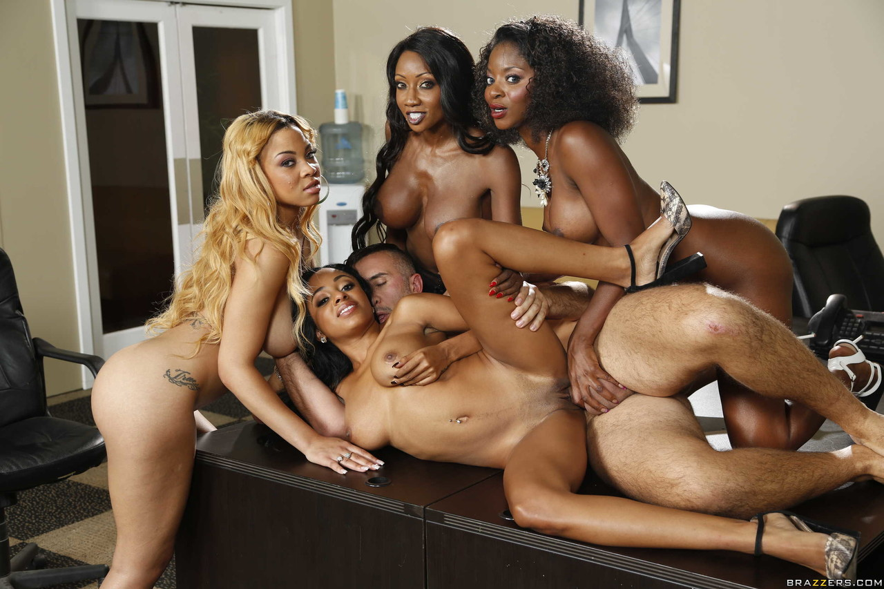 Ebony and black porn. Gallery - 1049. Photo - 16