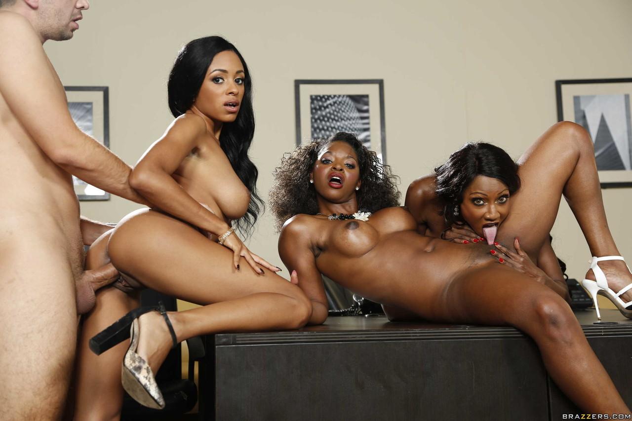 Ebony and black porn. Gallery - 1049. Photo - 18