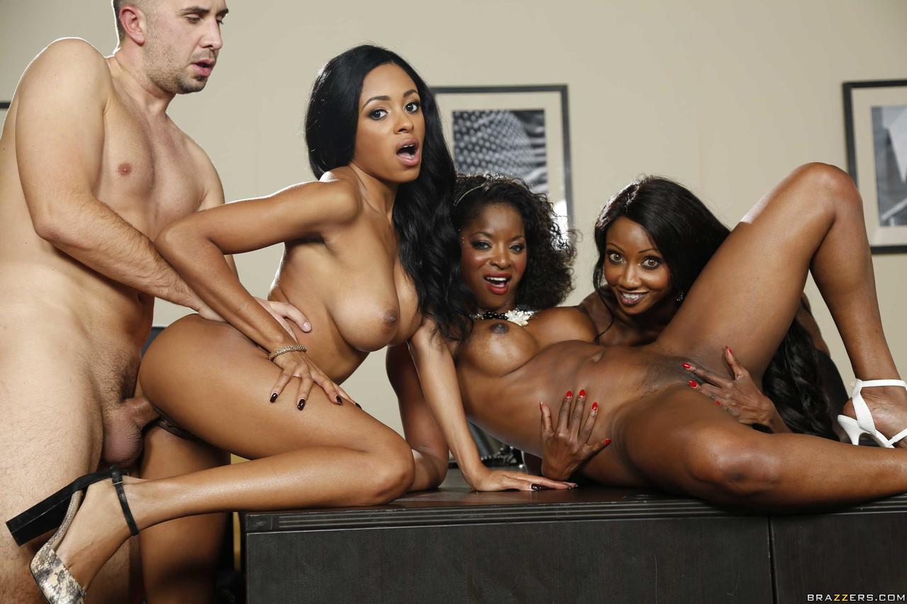 Ebony and black porn. Gallery - 1049. Photo - 19