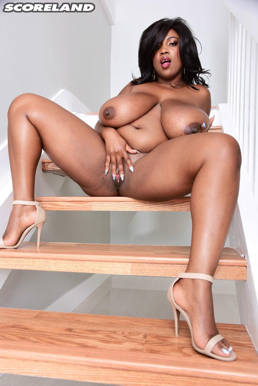 Ebony and black porn. Gallery - 1136. Photo - 16