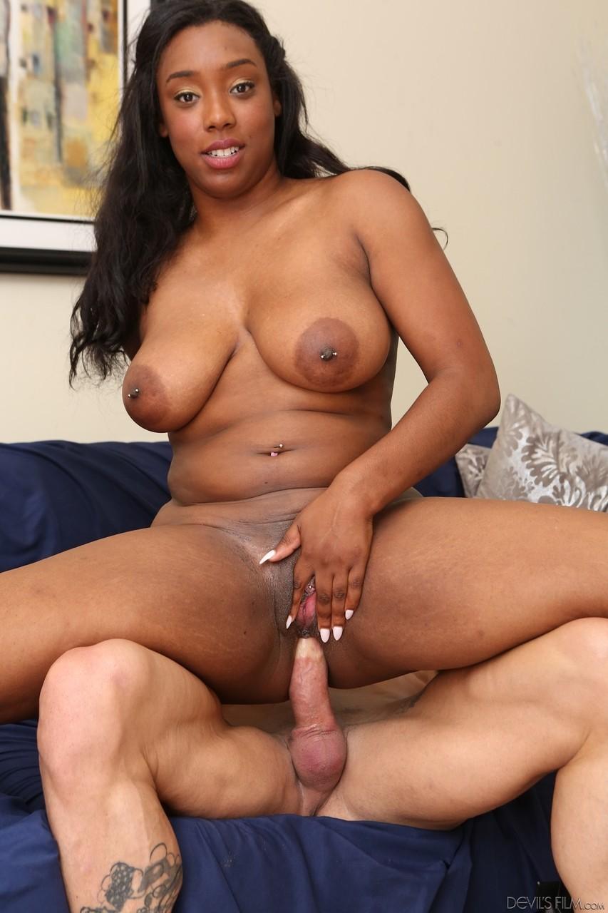 Ebony and black porn. Gallery - 1137. Photo - 7
