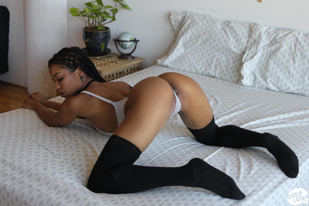Ebony and black porn. Gallery - 1141. Photo - 4