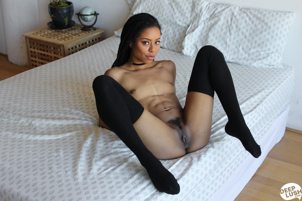 Ebony and black porn. Gallery - 1141. Photo - 9