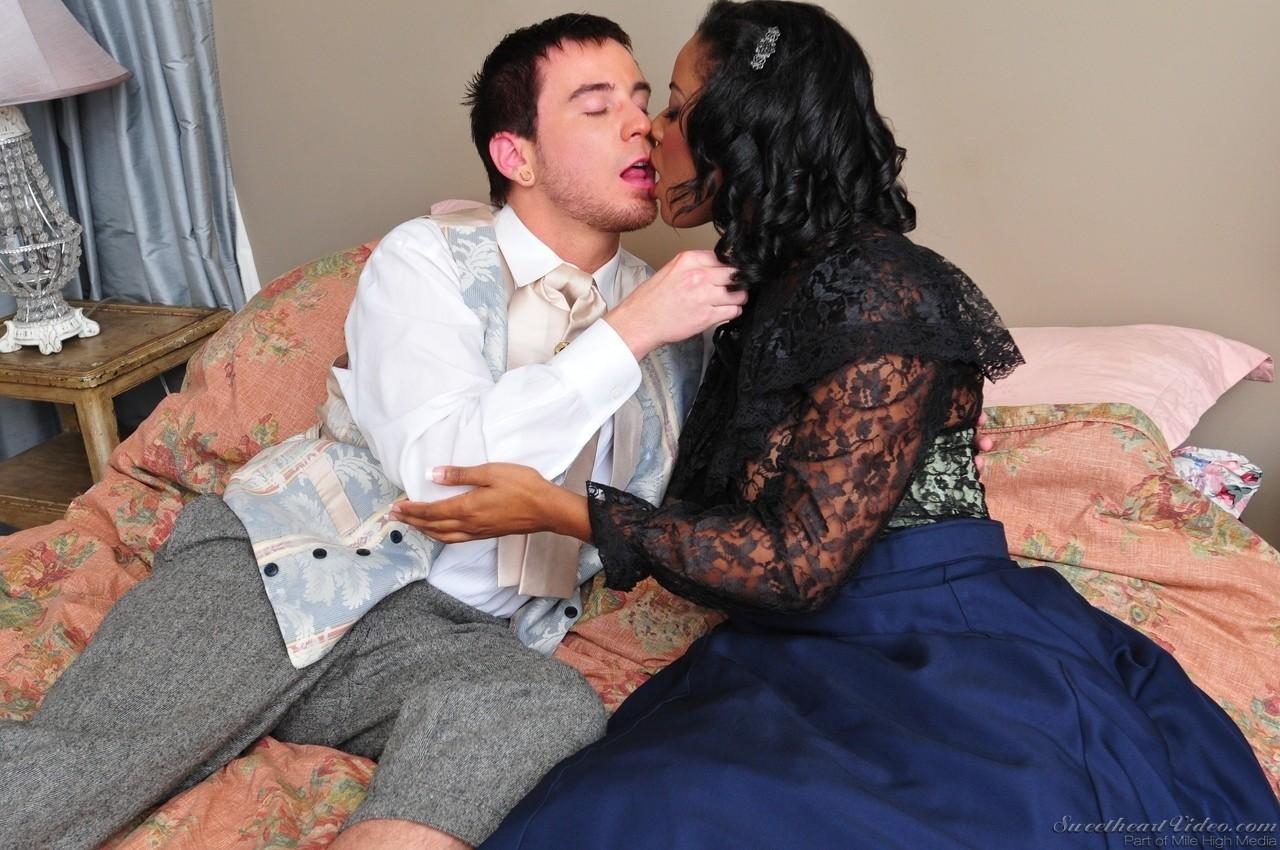 Ebony and black porn. Gallery - 1185. Photo - 4