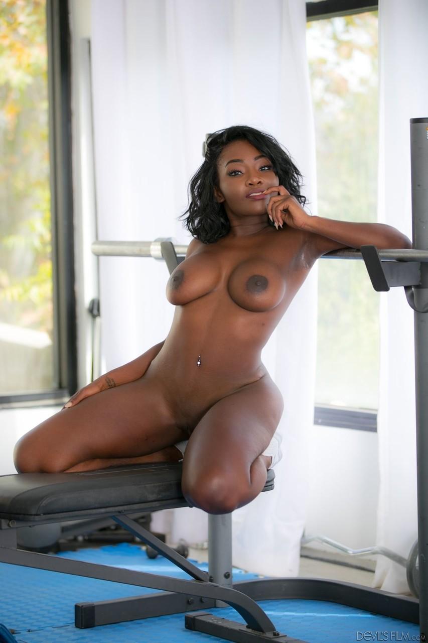 Ebony and black porn. Gallery - 307. Photo - 14