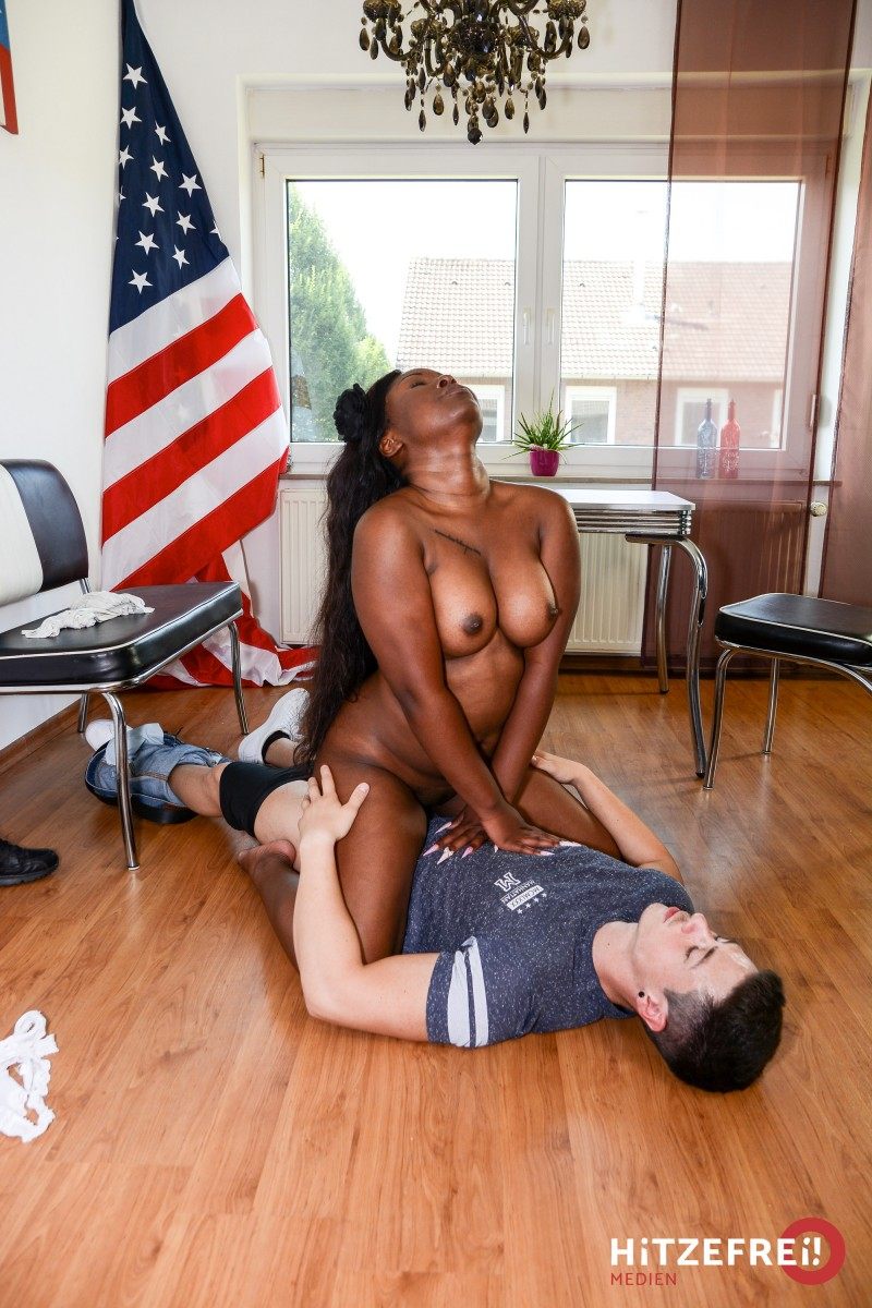Ebony and black porn. Gallery - 308. Photo - 14
