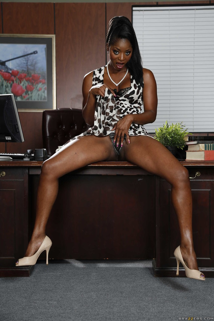 Ebony and black porn. Gallery - 353. Photo - 5