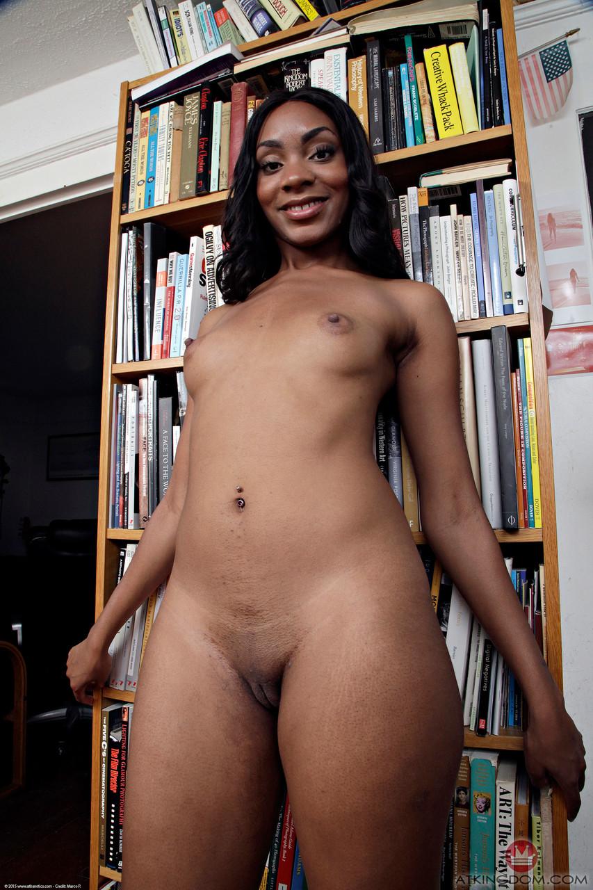 Ebony and black porn. Gallery - 535. Photo - 11