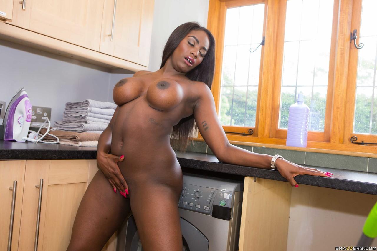 Ebony and black porn. Gallery - 592. Photo - 19