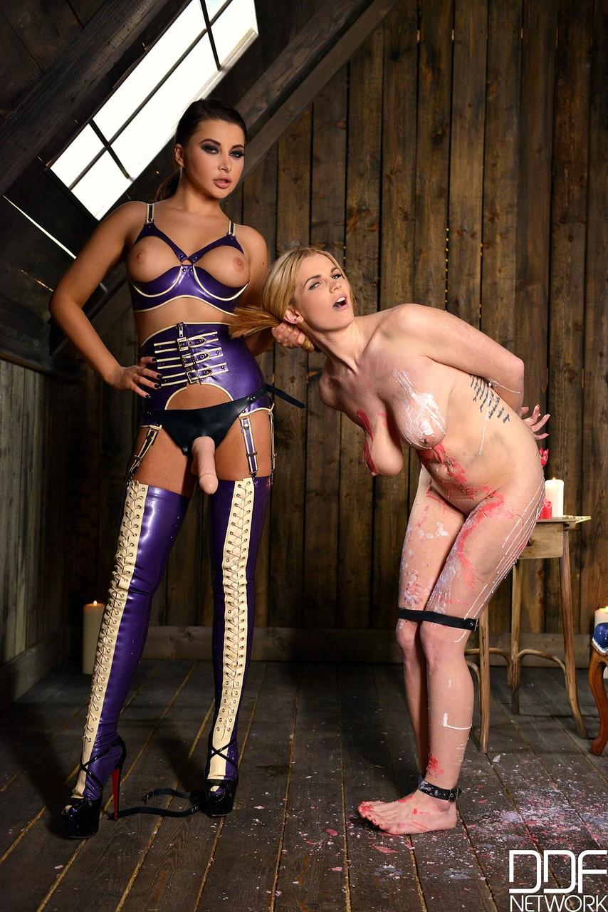 Lesbian porn. Gallery - 1019. Photo - 1