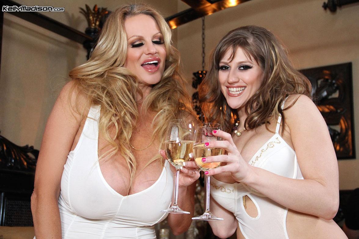 Lesbian porn. Gallery - 1027. Photo - 2