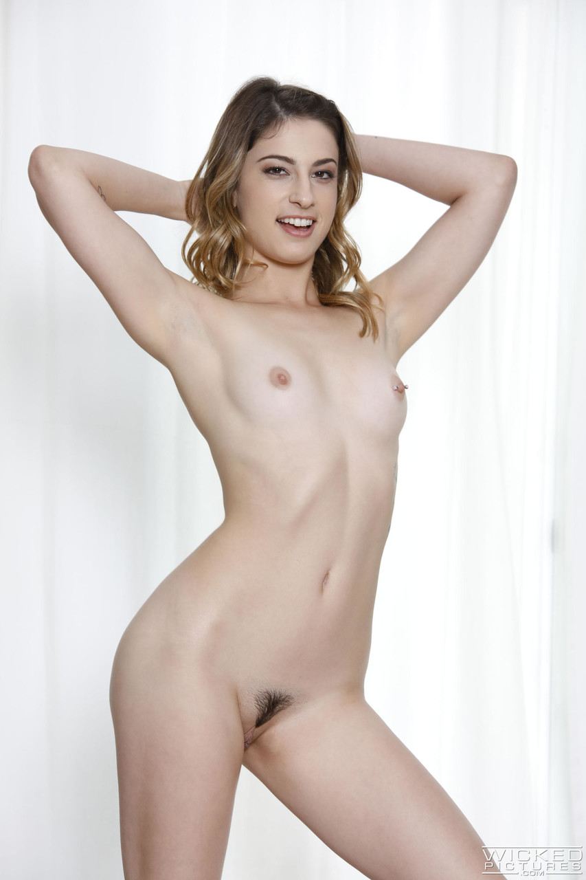 Lesbian porn. Gallery - 1056. Photo - 4