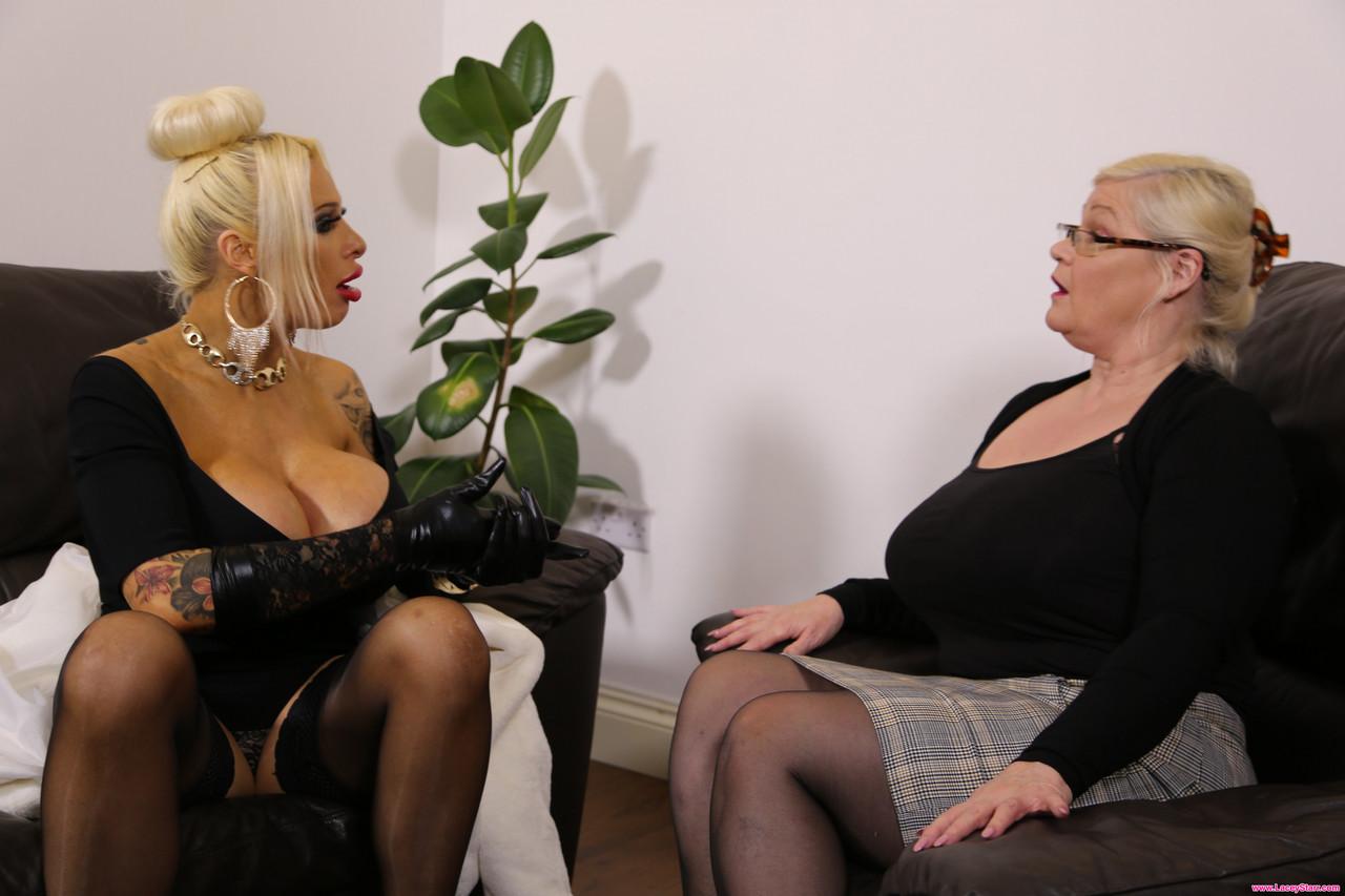 Lesbian porn. Gallery - 1139. Photo - 1