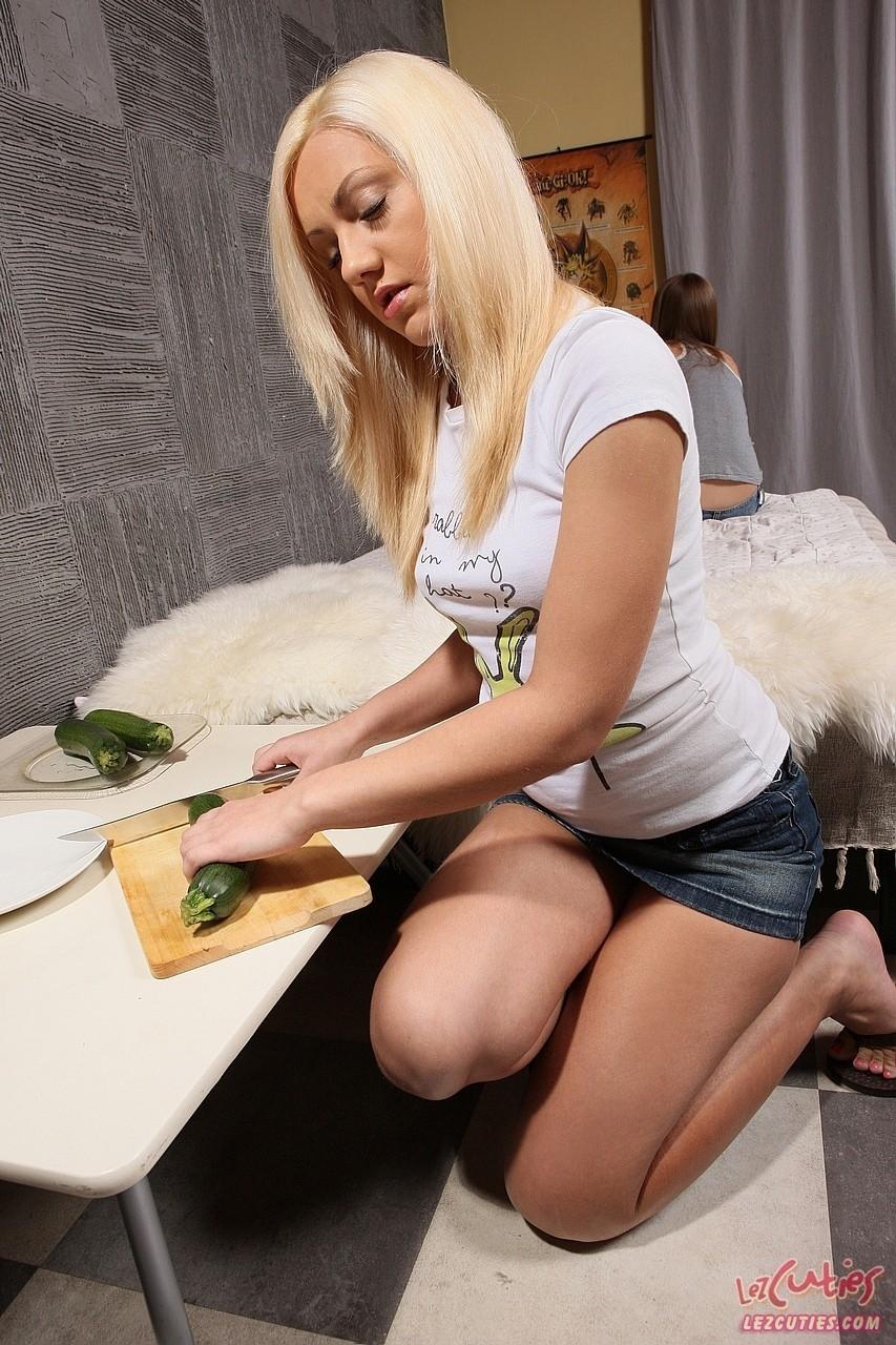 Lesbian porn. Gallery - 1164. Photo - 1