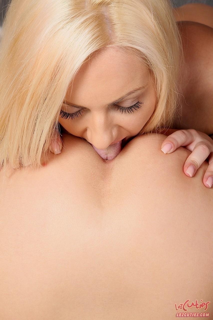 Lesbian porn. Gallery - 1164. Photo - 12