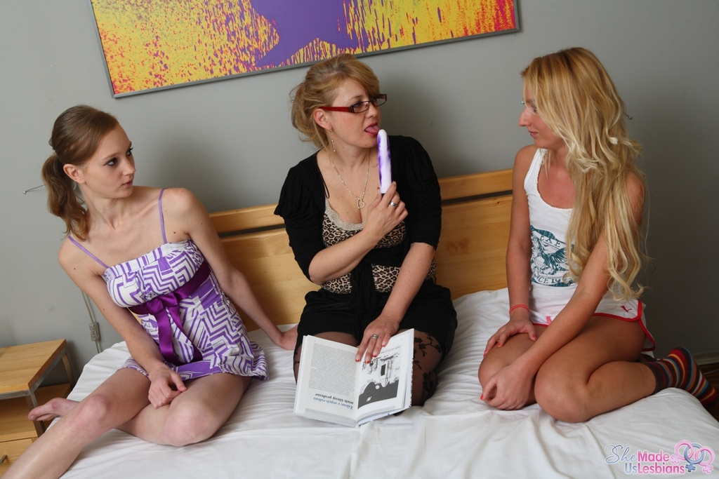 Lesbian porn. Gallery - 1185. Photo - 5