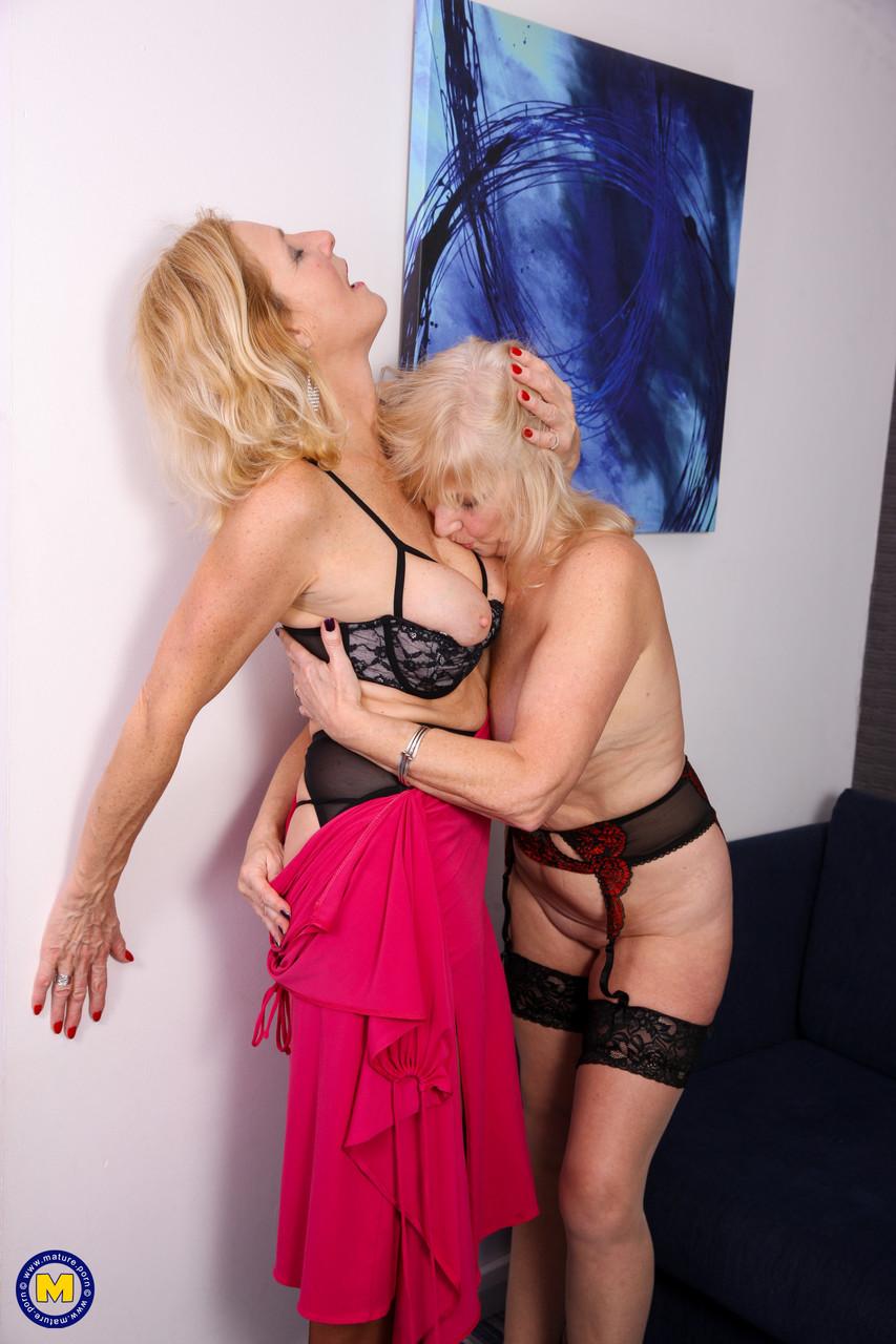 Lesbian porn. Gallery - 1206. Photo - 10