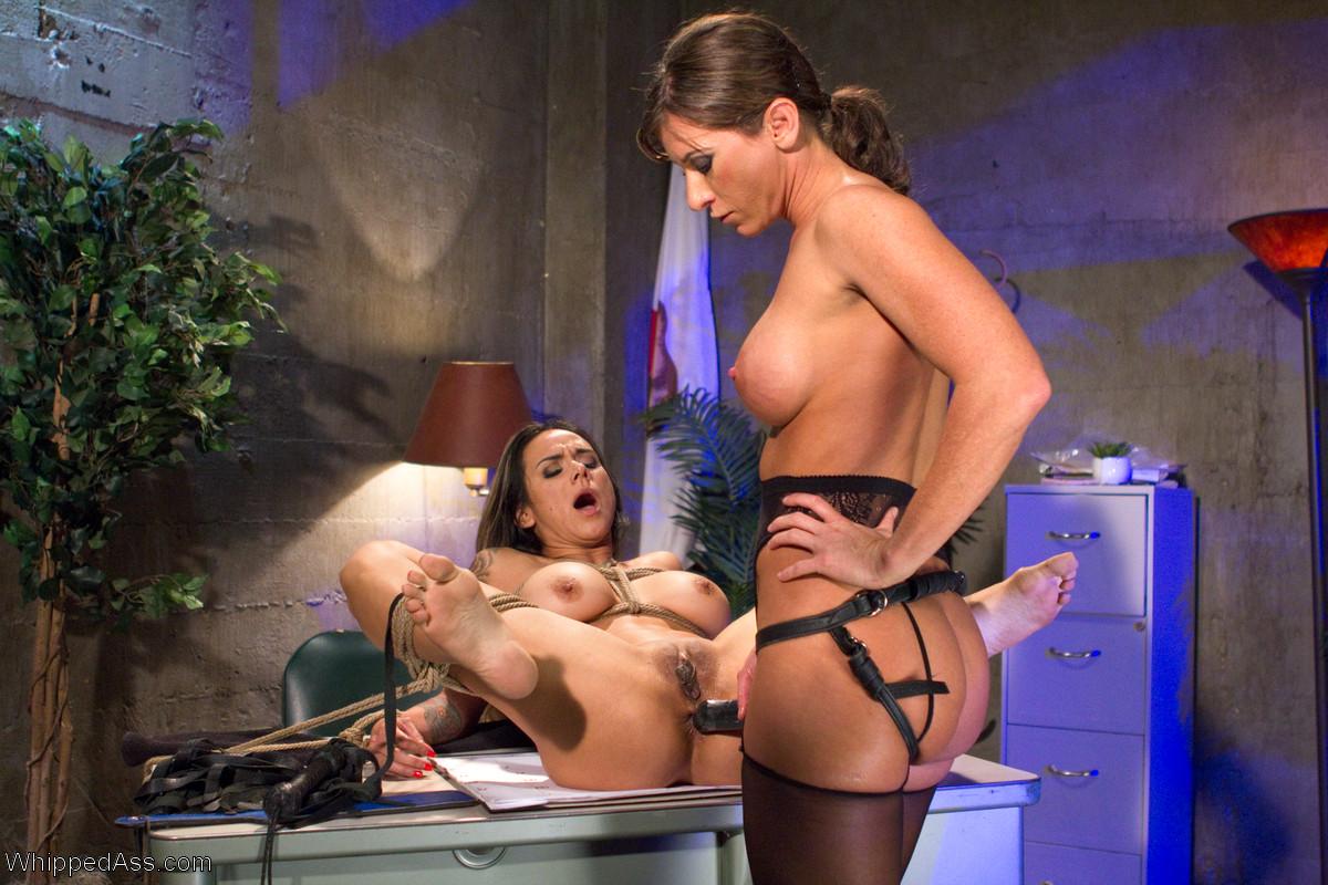 Lesbian porn. Gallery - 1234. Photo - 11