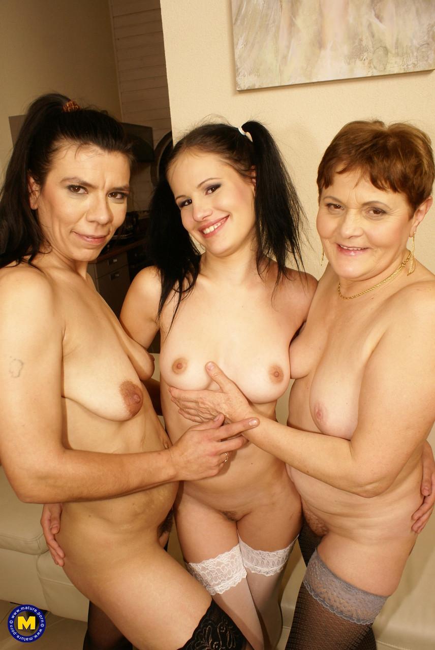 Lesbian porn. Gallery - 1243. Photo - 20
