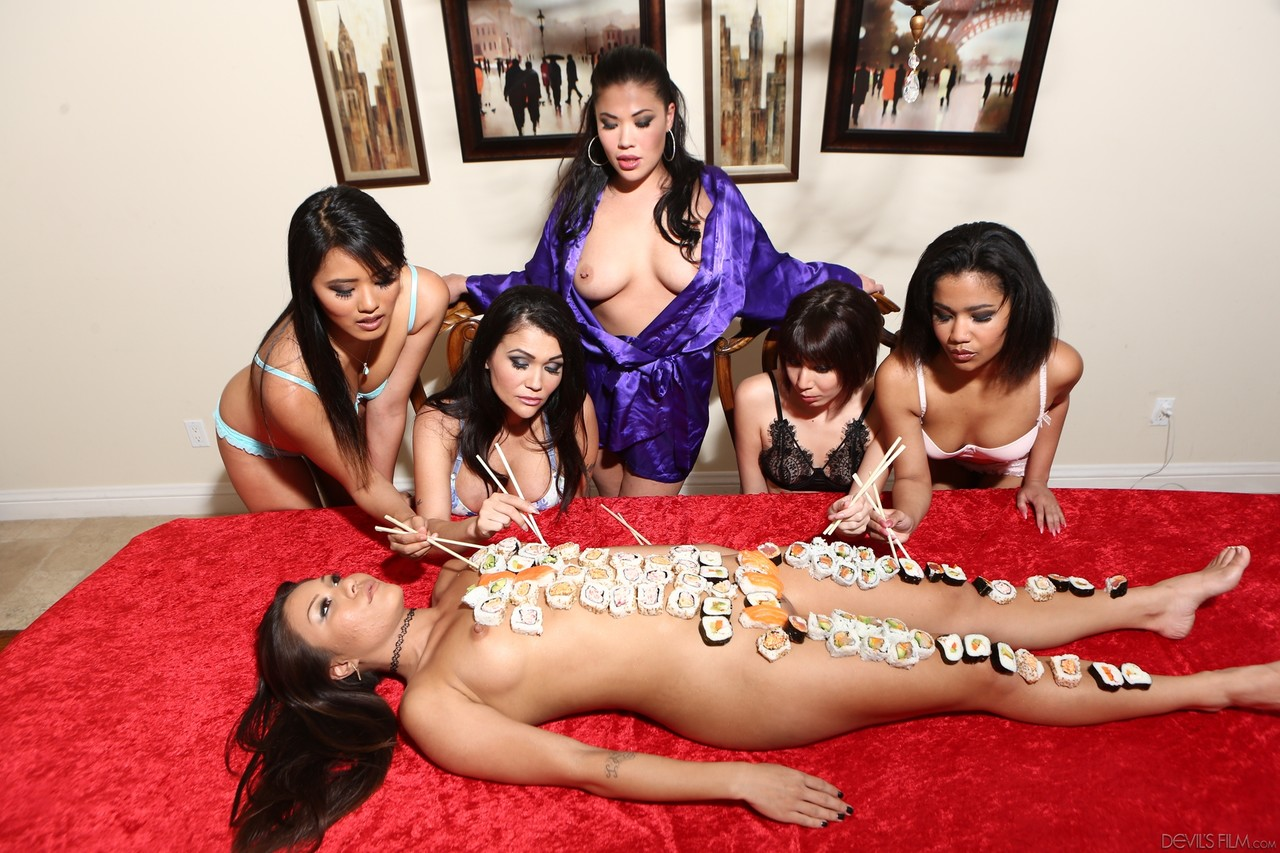 Lesbian porn. Gallery - 1245. Photo - 3