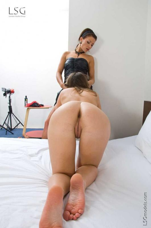 Lesbian porn. Gallery - 285. Photo - 4