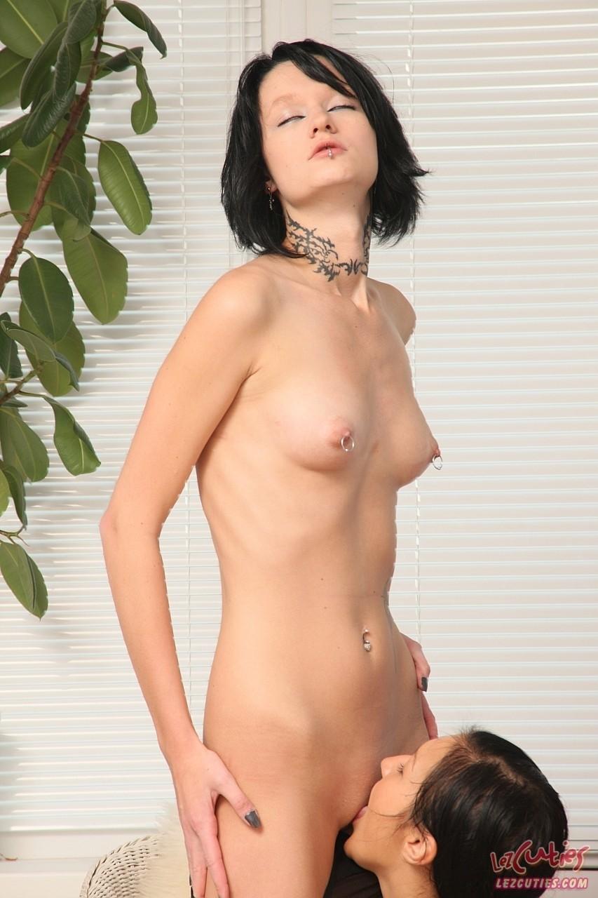 Lesbian porn. Gallery - 339. Photo - 7