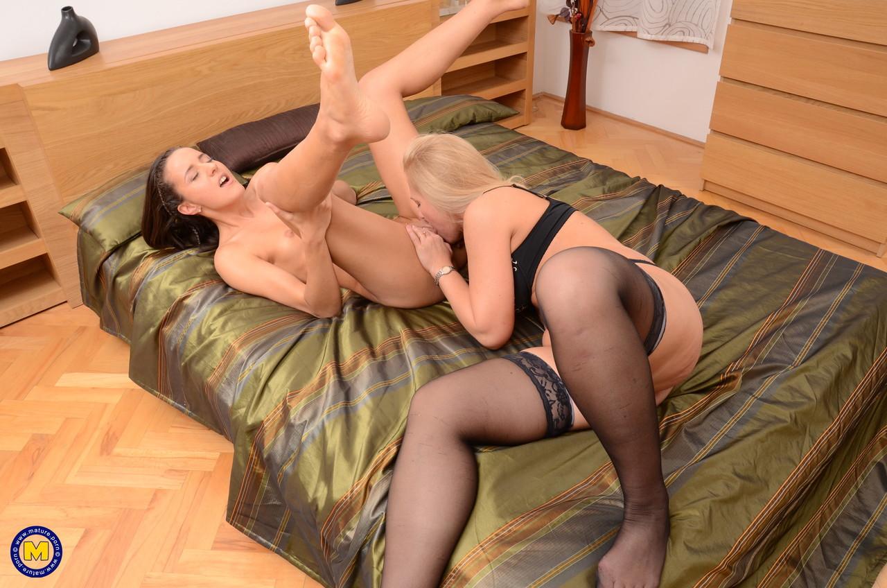 Lesbian porn. Gallery - 354. Photo - 9