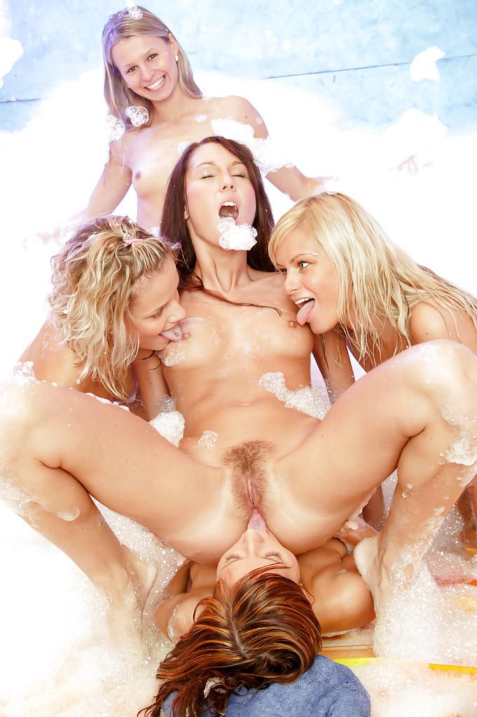 Lesbian porn. Gallery - 499. Photo - 14