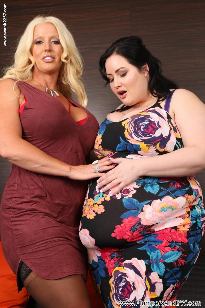 Lesbian porn. Gallery - 502. Photo - 2