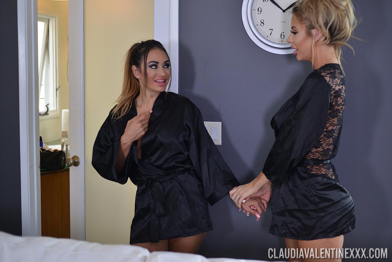 Lesbian porn. Gallery - 512. Photo - 5