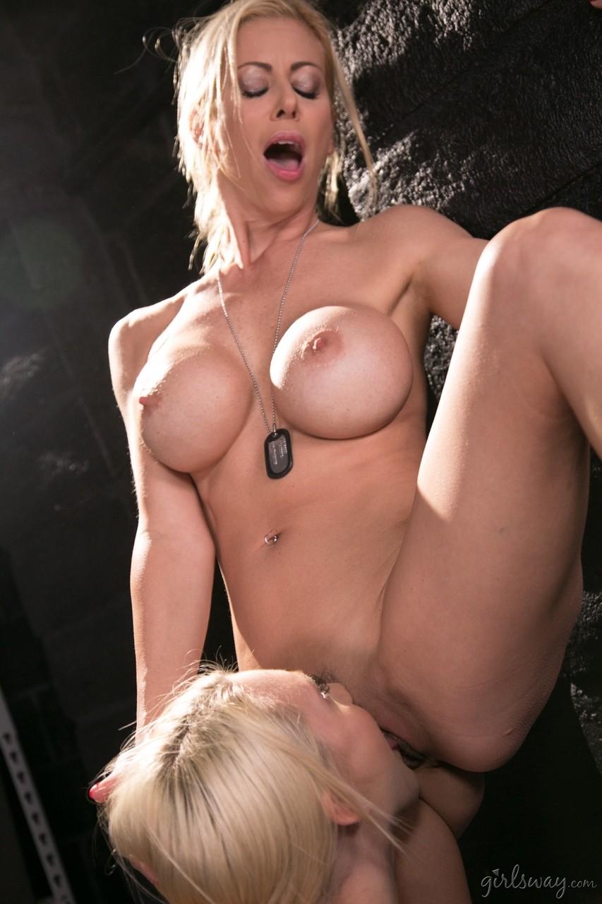 Lesbian porn. Gallery - 551. Photo - 10