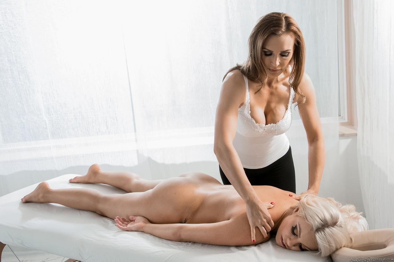Lesbian porn. Gallery - 553. Photo - 1
