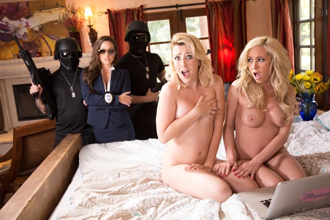 Lesbian porn. Gallery - 554. Photo - 4