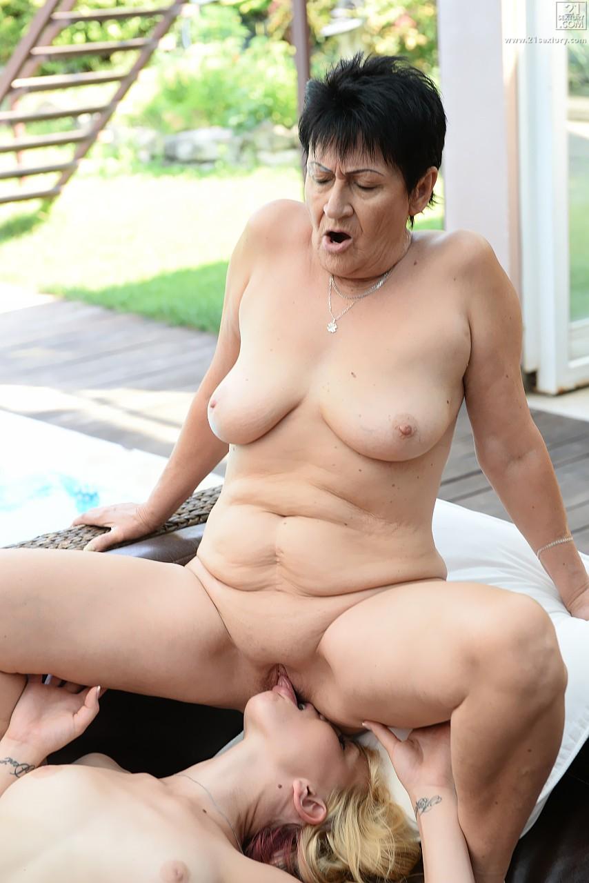 Lesbian porn. Gallery - 569. Photo - 16