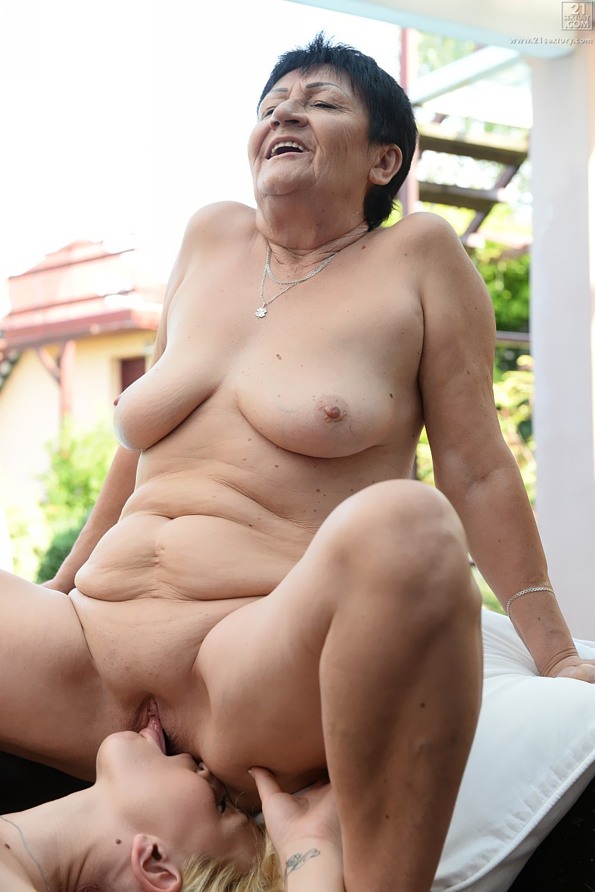 Lesbian porn. Gallery - 569. Photo - 17