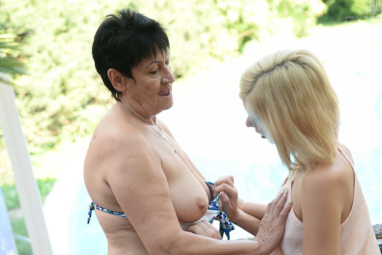 Lesbian porn. Gallery - 569. Photo - 3