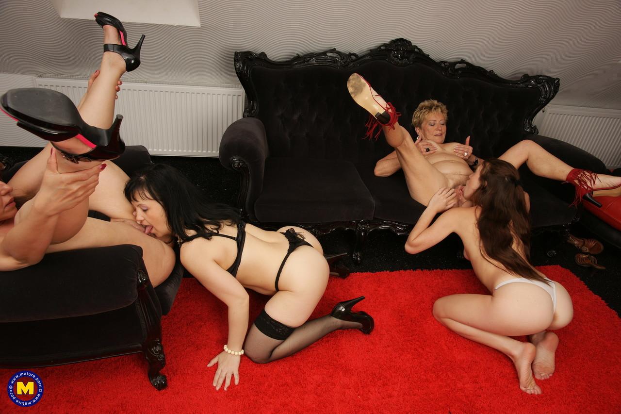 Lesbian porn. Gallery - 580. Photo - 10