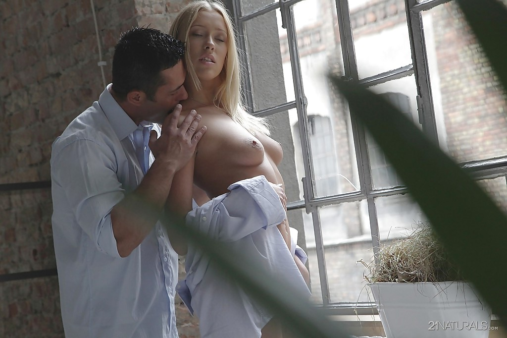 Красивые порно снимки с блондинкой