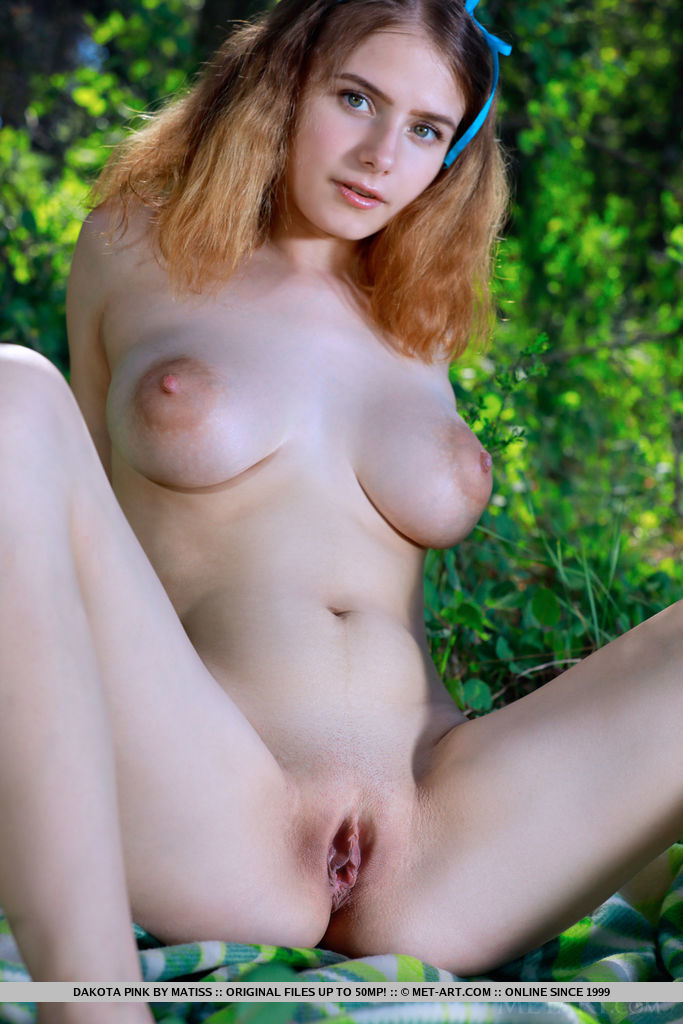 Young porn (18+). Gallery - 445. Photo - 10