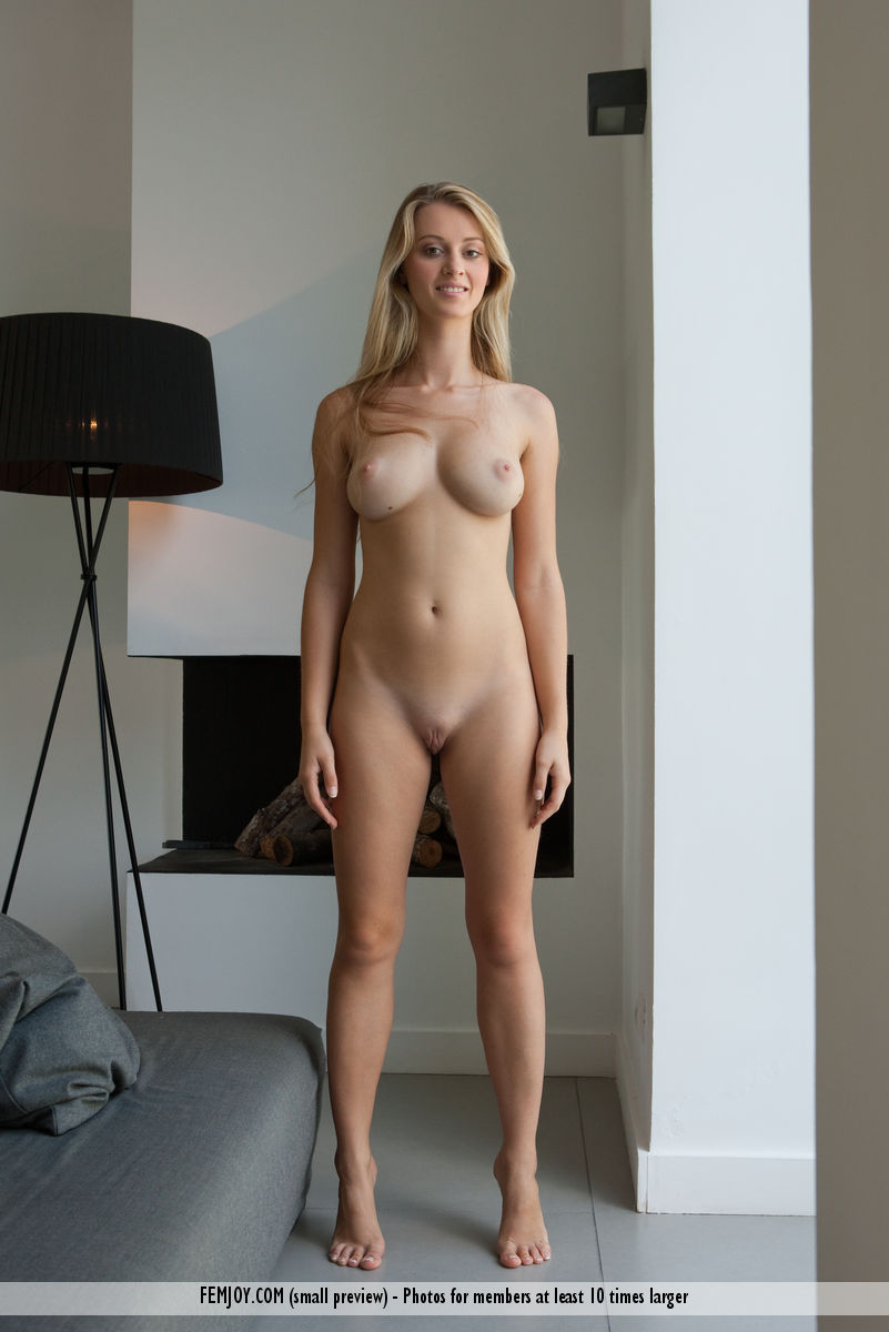 Young porn (18+). Gallery - 491. Photo - 1