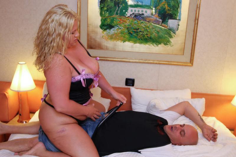 Fat women porn. Gallery - 324. Photo - 2