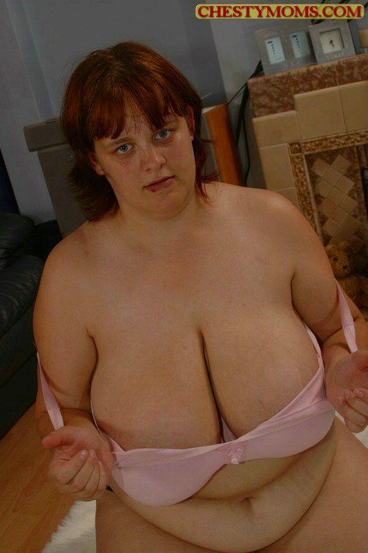 Подборка картинок про голую бабу с дойками большого калибра