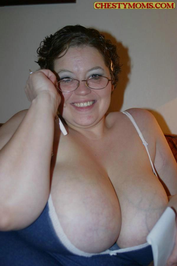 Зрелая тучная телка хочет чтобы ее трахнули. Фото - 3