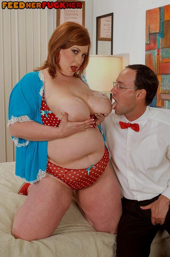 Грузная рыжая дама трахнула очкастого официанта. Фото - 8