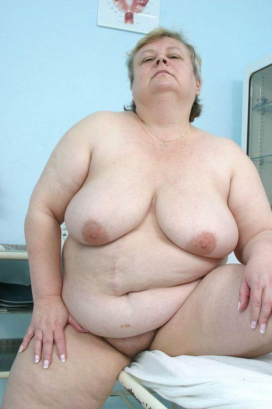 Тучная бабуля пришла на прием к доктору. Фото - 6