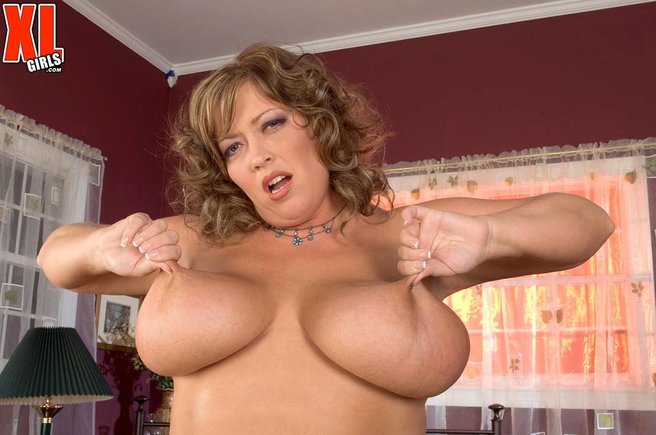 Соло очаровательной зрелой леди с толстым пузом. Фото - 14