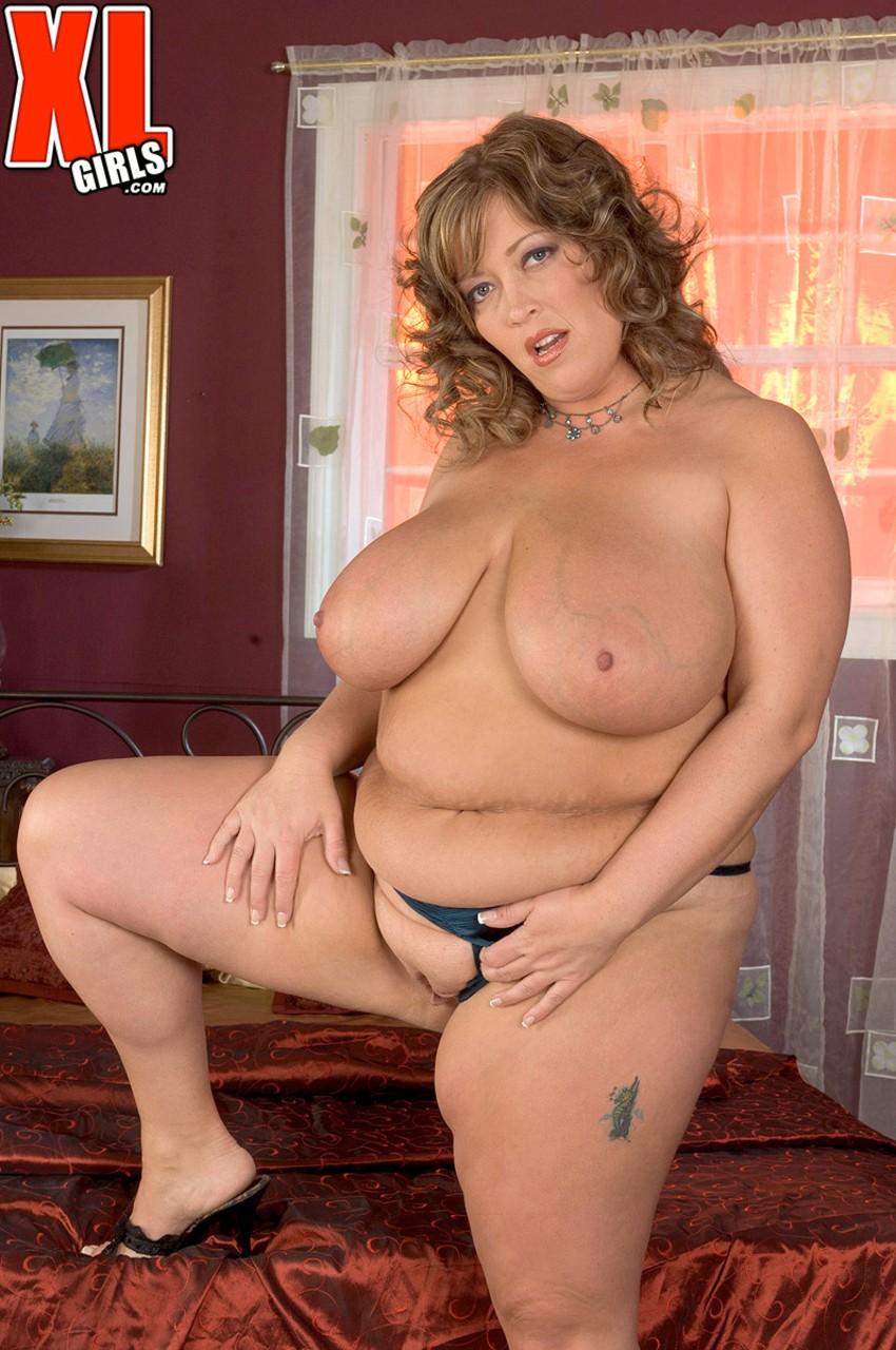 Соло очаровательной зрелой леди с толстым пузом. Фото - 16