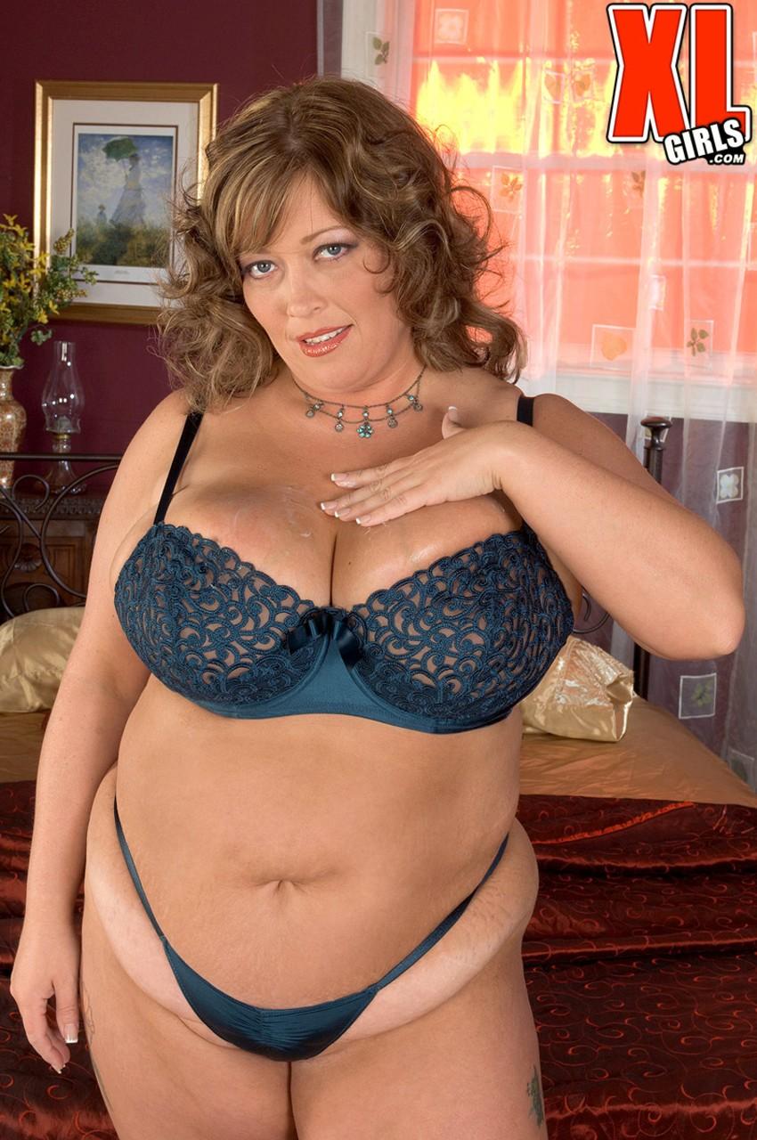 Соло очаровательной зрелой леди с толстым пузом. Фото - 6