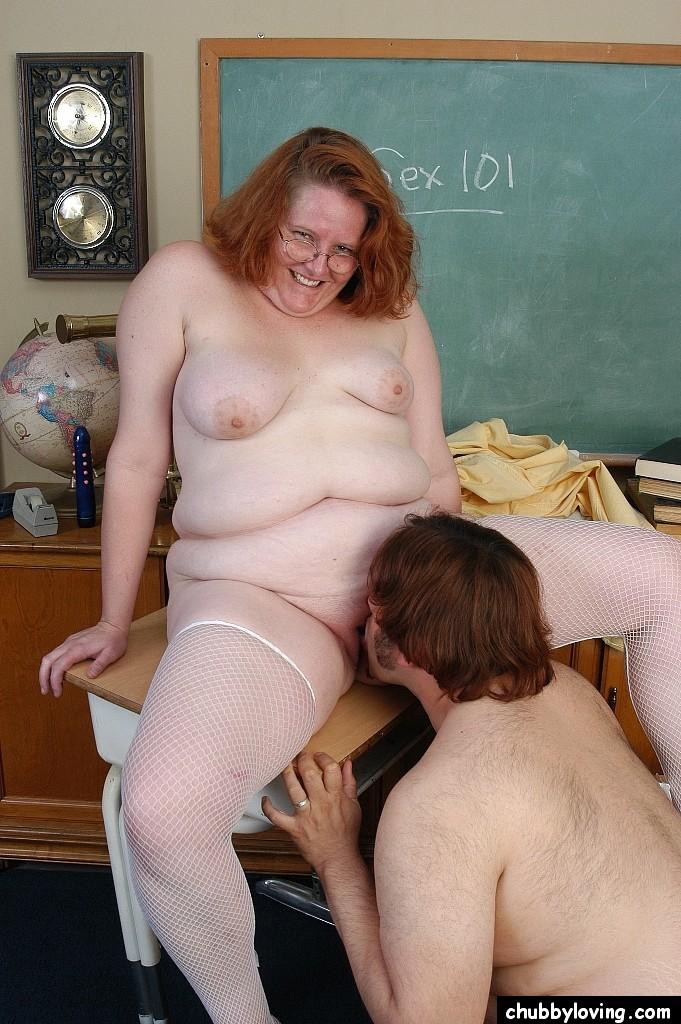 Порево толстых в школе